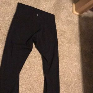 Lulu lemon black crop leggings